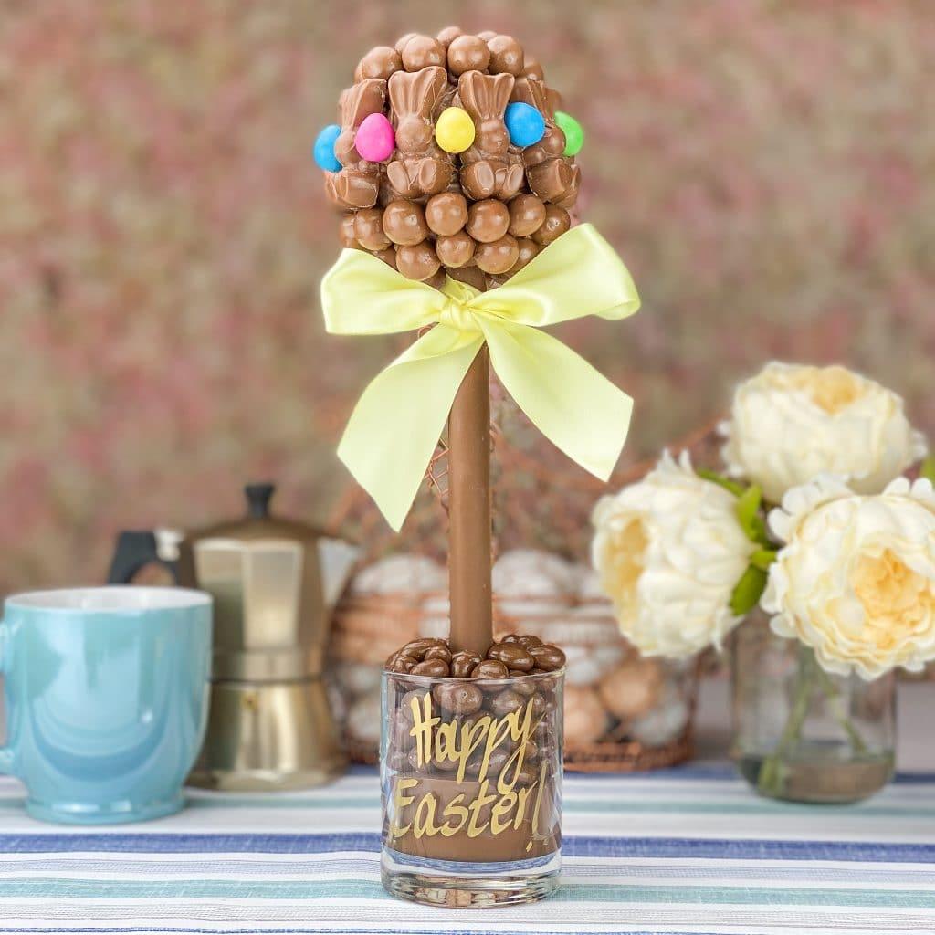 Malteser Bunny® and Smartie® Egg Sweet Tree