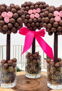 Malteser Rose Heart Tree (5 of 11) - Copy
