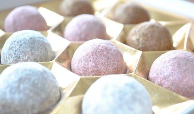 Naturally-pink chocolates